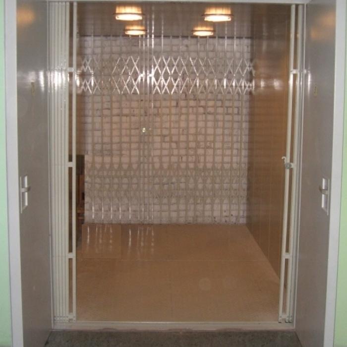 Грузовые и малые грузовые лифты КМЗ
